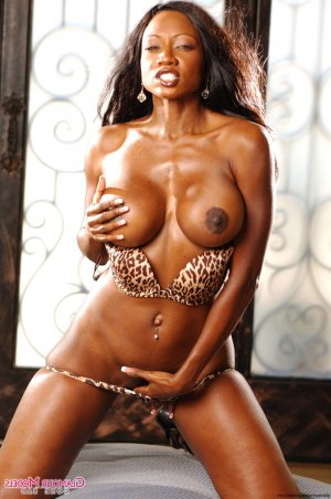 Douha chubby escorts Tiny, ON